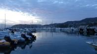 Hafen bei Dämmerung