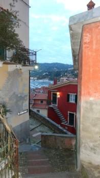 Abstieg nach Lerici
