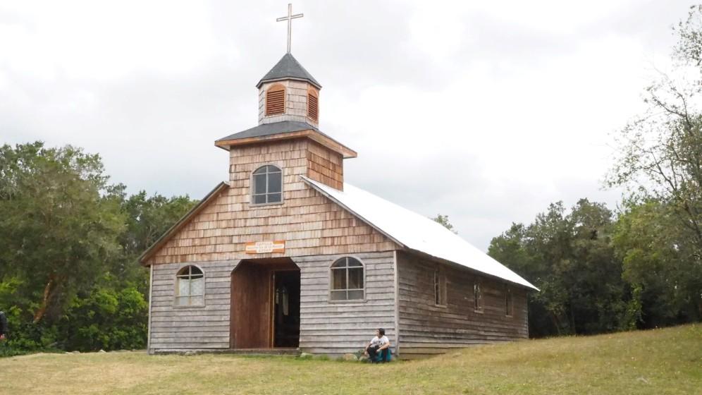 Eine Holzkirche auf Chiloe