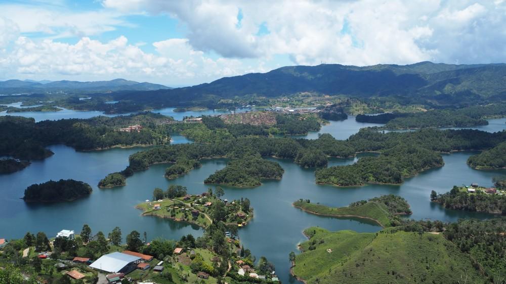 Ausblick vom El Peñón de Guatapé