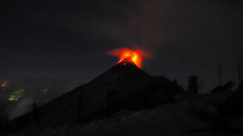 feuriger Vulkan