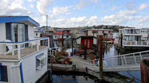 Hausbootsiedlung in Sausalitos
