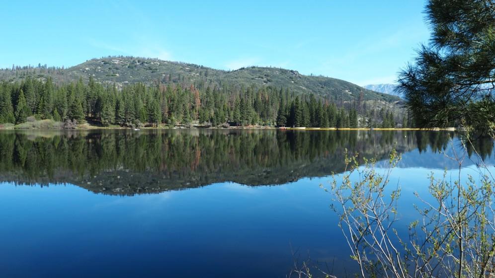 ein See zwischen Kings Canyon und Sequoia Nationalpark